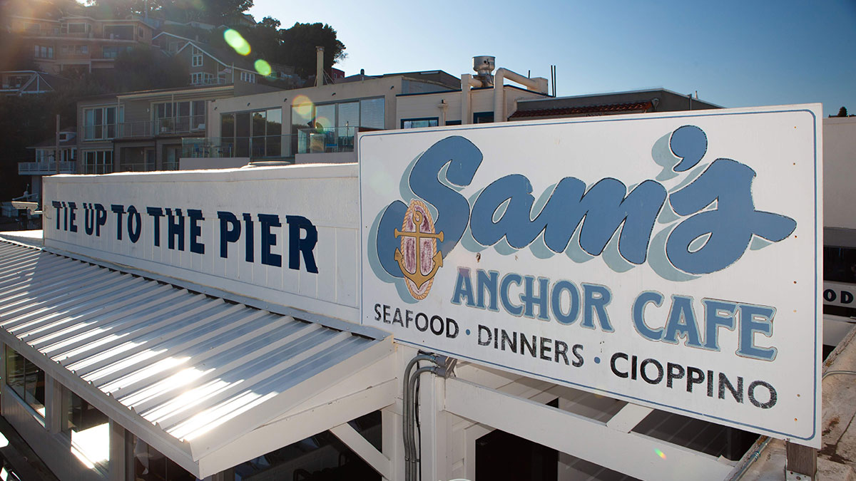 Sam's Anchor Cafe in Tiburon, California. Tie up to the pier. Seafood. Cioppino.